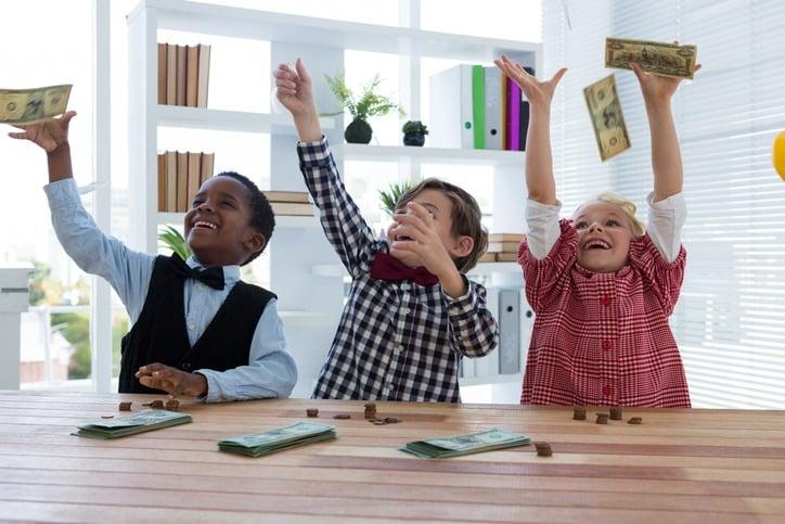 money and kids 6 dicas de como falar sobre dinheiro com as crianças