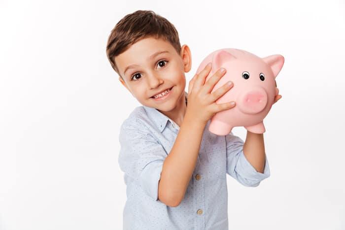 rsz close up portrait of a cheerful cute little kid Previdência Privada Infantil: tudo o que você precisa saber!